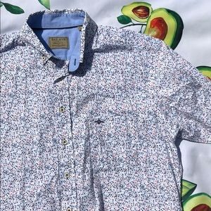 Bailey's Button Down Short Sleeve, Large 41/42